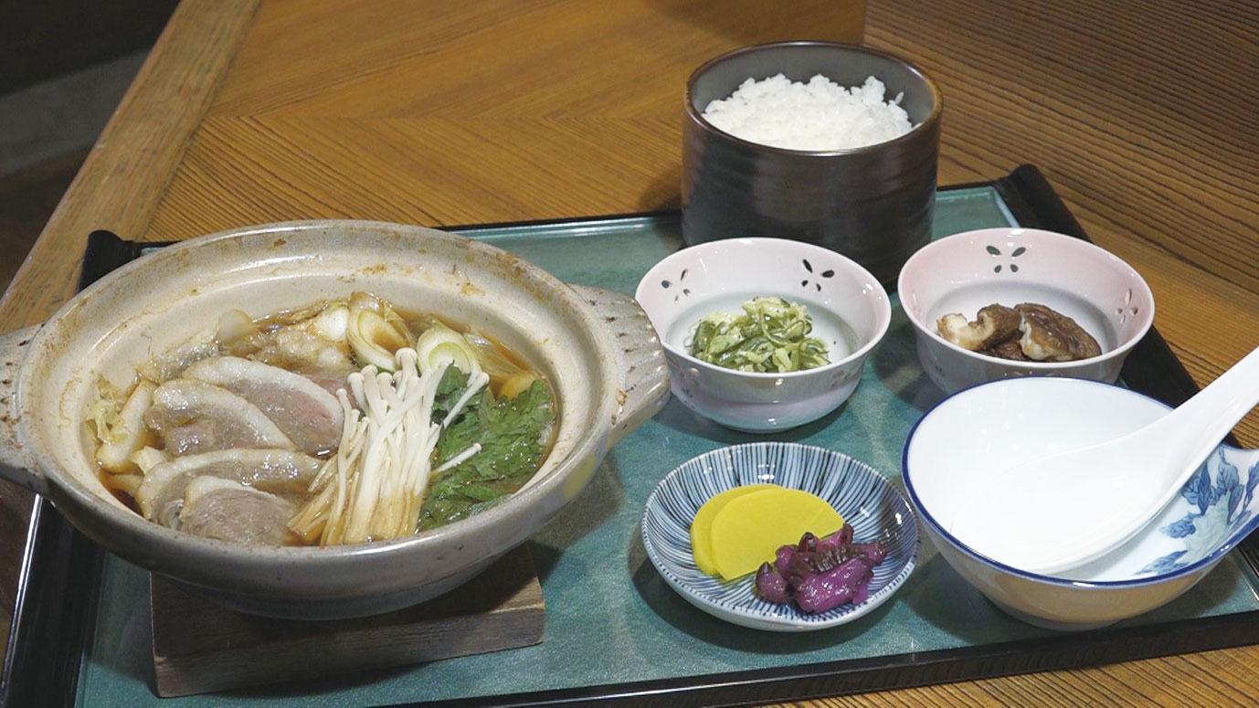 国産鴨だから出せるこの甘み 「鴨鍋定食」1200円